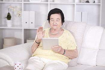 long-distance-caregiver